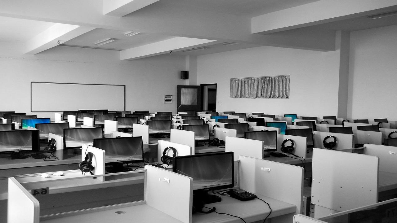 Schulung am Computer und Programme